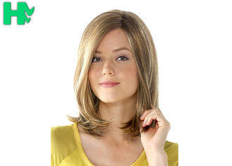 China Natural Looking Light Blonde Bob Wig With Bangs High Temperature supplier